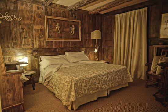 La Meridiana - Hotel du Cadrain Solaire :                                     Suite