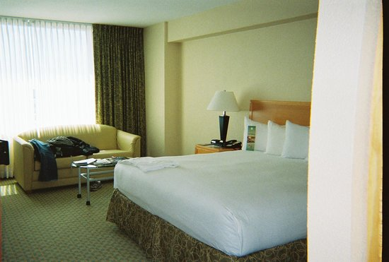 The Florida Hotel and Conference Center:                   sleeping rooms