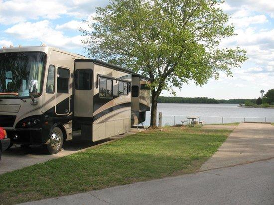 Rv Lakefront Site Picture Of Nashville Shores Rv Resort