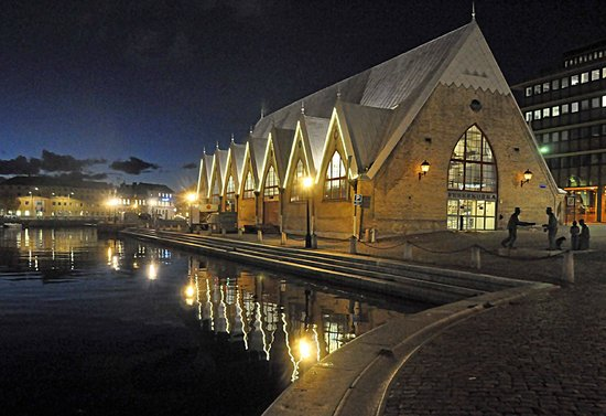 Night vies of The fish church (Feskekörka) but its open only daytime.