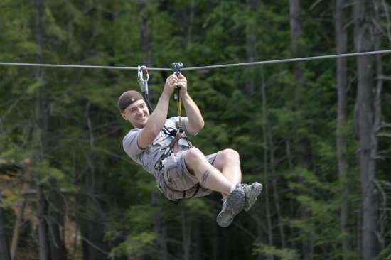 Nashville Shores RV Resort & Campground: Zipline Fun