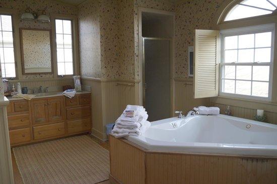 the farm llc prices inn reviews danville ky. Black Bedroom Furniture Sets. Home Design Ideas