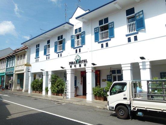 Perak Hotel from road