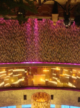 The Fox Tower at Foxwoods: Lobby Area -- Front Desk