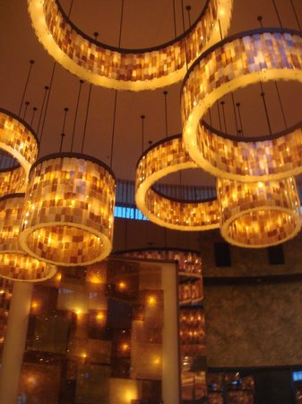 The Fox Tower at Foxwoods: Lobby Area