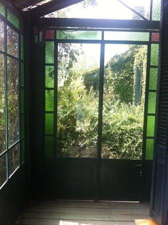 La Casa de los Limoneros:                   otra vista de la galería