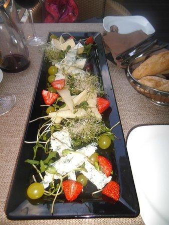 Restauracja Przystan:                   Cheese plate