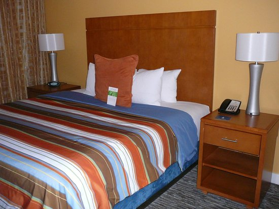 HYATT House Denver Airport :                   Ground floor suite