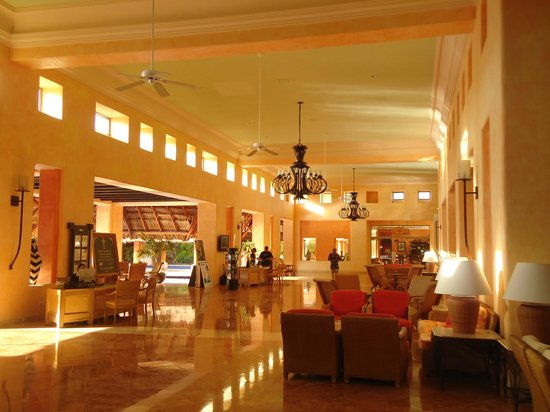 Barcelo Maya Tropical:                                     lobby area