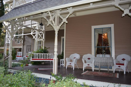 Amelia Island Williams House:                   Front Porch