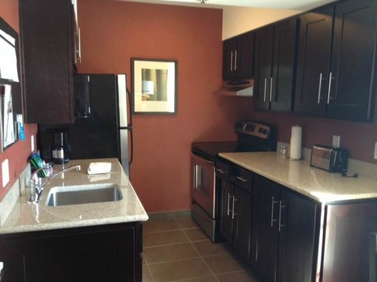 HYATT house Belmont/Redwood Shores:                   The kitchen in my room