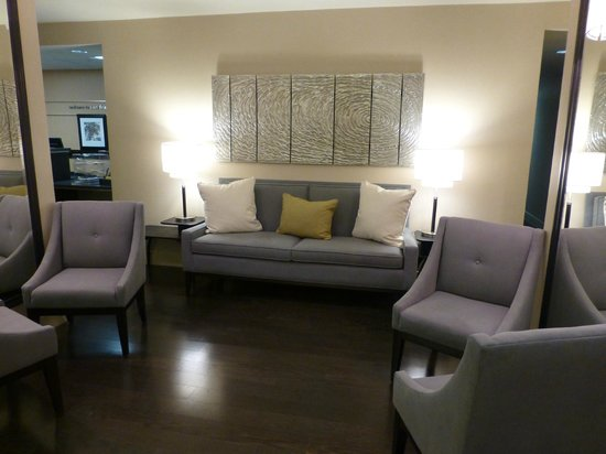 Hampton Inn San Francisco - Daly City: New Lobby