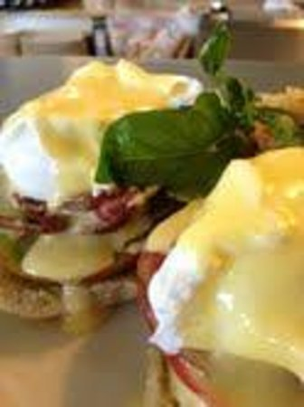 Bacon and Eggs: Heirloom tomato eggs benedict