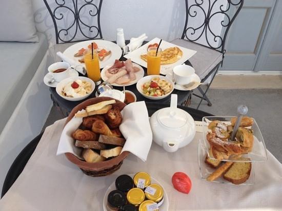 Andronis Luxury Suites:                   le meilleur petit déjeuner!