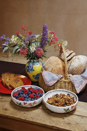 Hacienda Nicholas Bed & Breakfast Inn: Enjoy natural, local and organic breakfast foods