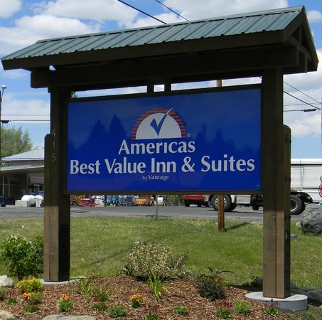 Americas Best Value Inn & Suites Sign