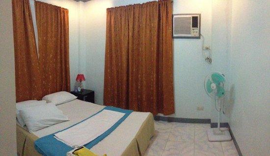 Anang Balay Turista:                                     Bed 1
