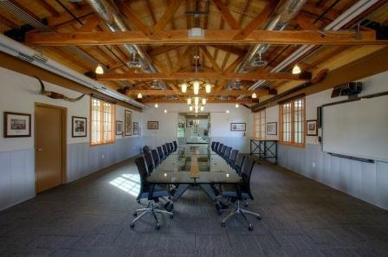 Thunderbird Executive Inn & Conference Center: Conference Room
