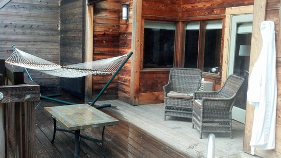 Ventana Inn & Spa:                   Deck Big Sur Spa Suite Rm 54