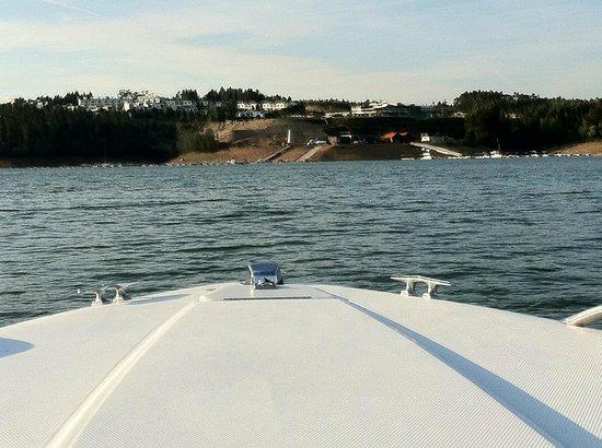 Montebelo Aguieira Lake Resort & Spa:                   Resort no passeio de barco