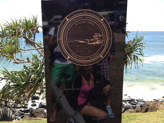 Burleigh Heads Beach: gold coast stone