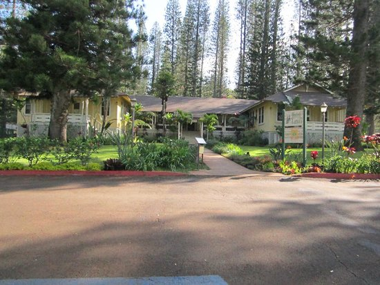 Hotel Lanai: Front of hotel