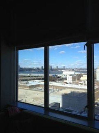 Kimpton Ink48 Hotel: View of the Hudson from my window