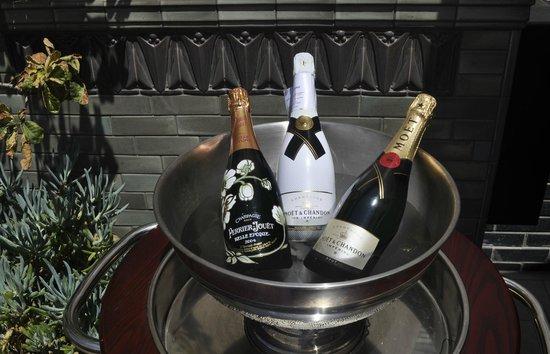 Perch:                                     champagne