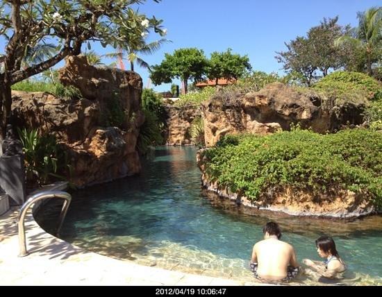 Grand Hyatt Bali:                   ホテル内のプール