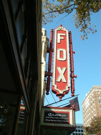 Fox Theatre : Outside