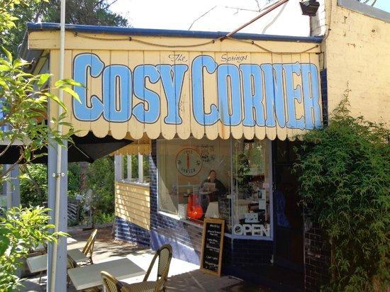 Cosy Corner - exterior