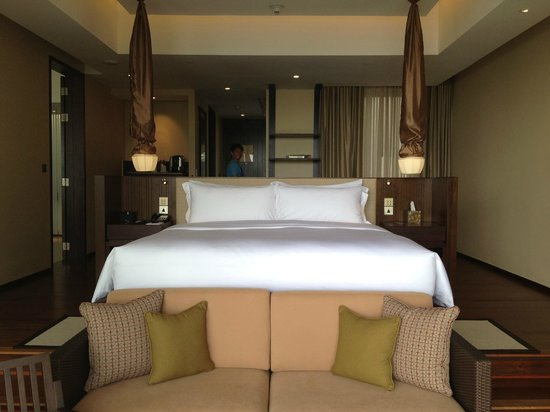 Vana Belle, A Luxury Collection Resort, Koh Samui:                   room