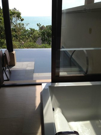Vana Belle, A Luxury Collection Resort, Koh Samui:                   private balcony