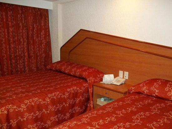 Hotel Premier: Cómodas habitaciones.