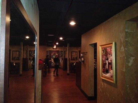 SoNapa Grille: Interior