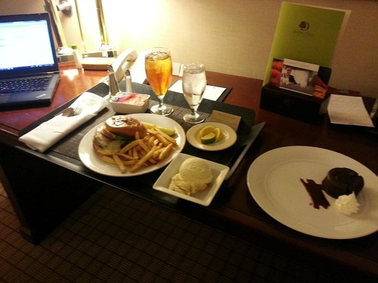 DoubleTree by Hilton Hotel Newark Airport:                   Angus Cheeseburger and molten chocolate cake
