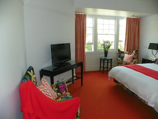 Holmwood Guesthouse:                   room in main house