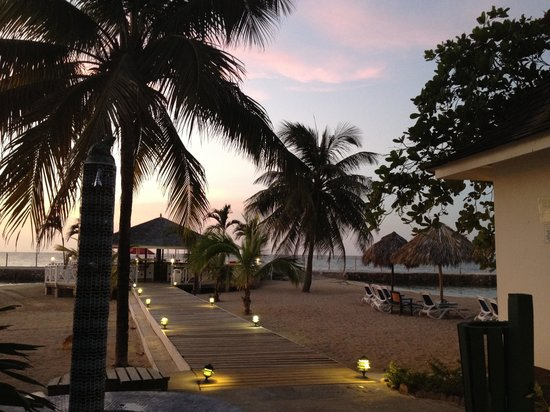 Royal Decameron Club Caribbean :                   Heaven