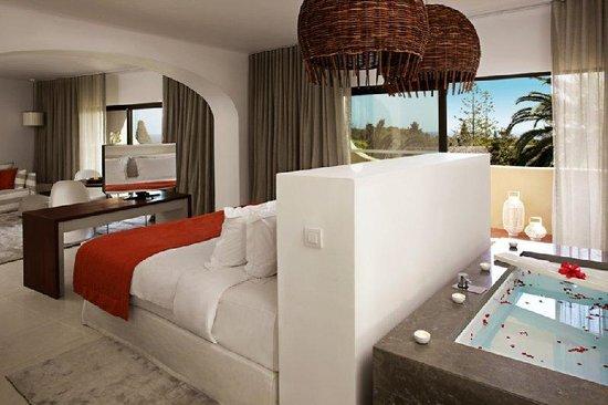 Blue & Green Vilalara Thalassa Resort: Junior Suite Emotion Detail