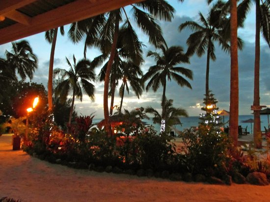 Manuia Beach Resort:                   evening time