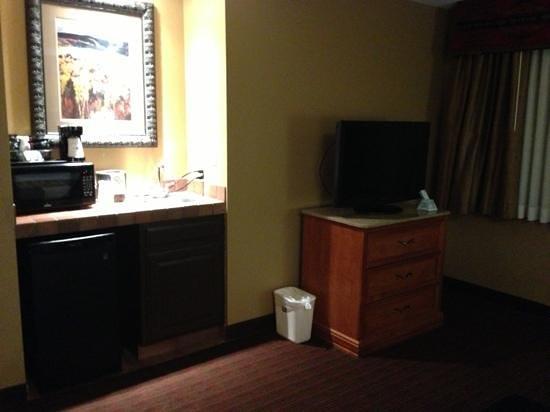 Best Western Plus Inn of Santa Fe :                   king room