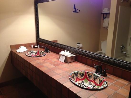 Best Western Plus Inn of Santa Fe:                   huge bathroom-king room