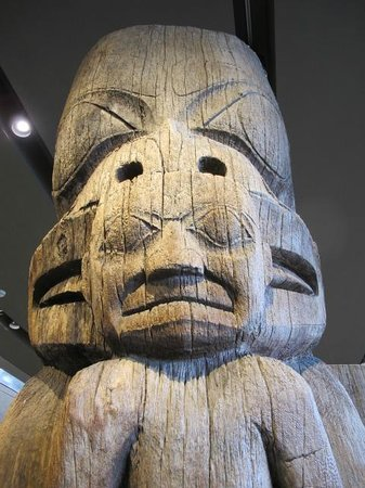 Antropologiska museet: Take a tour to find out which native group made this totem.