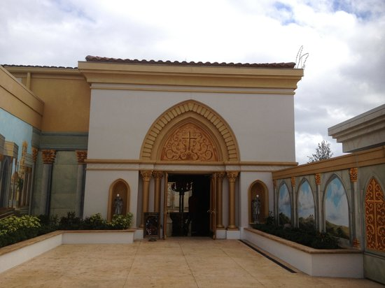 Holy Land Experience:                   Holy land