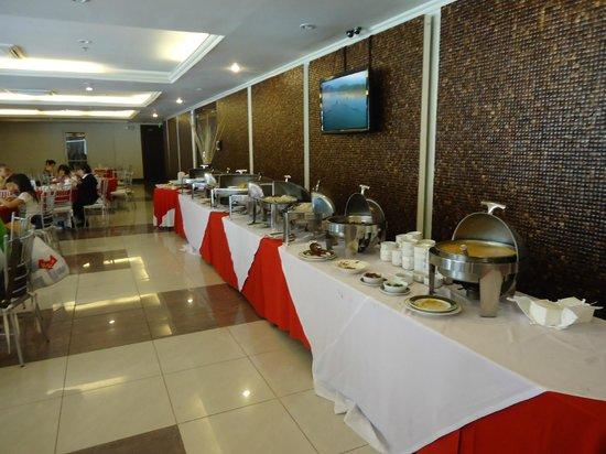 Canyon Cove Hotel & Spa:                   Breakfast buffet
