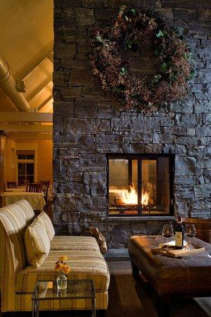 Jackson House Inn: Our floor-to-ceiling granite fireplace