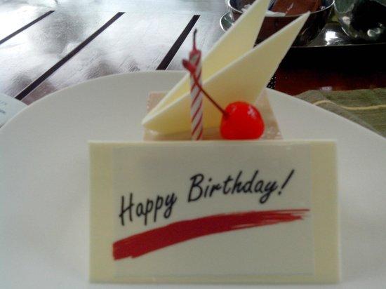 Shangri-La's Mactan Resort & Spa:                   happy birthday to me!