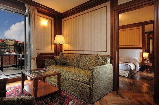 Photo of Hotel Manzoni Milan