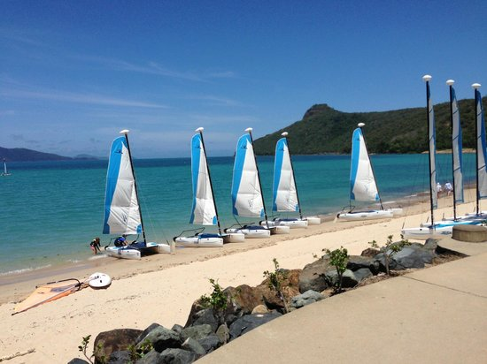 Reef View Hotel:                   beach - complimentary watersports