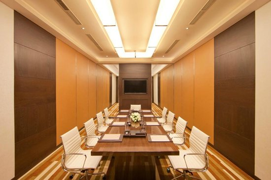 Courtyard by Marriott Bhopal: Meeting Rooms